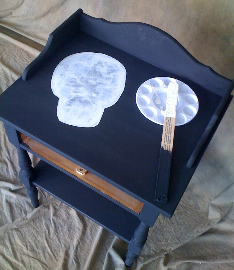 vintage-twisted : sugar skull night stand